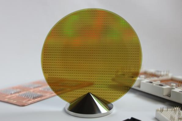 Infineon signs Japanese SiC wafer deal