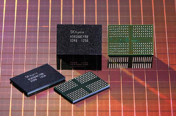 SK Hynix goes EUV for DDR4 and DDR5 DRAMs