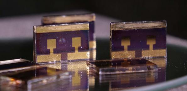 Stability boost for high efficiency perovskite solar cells