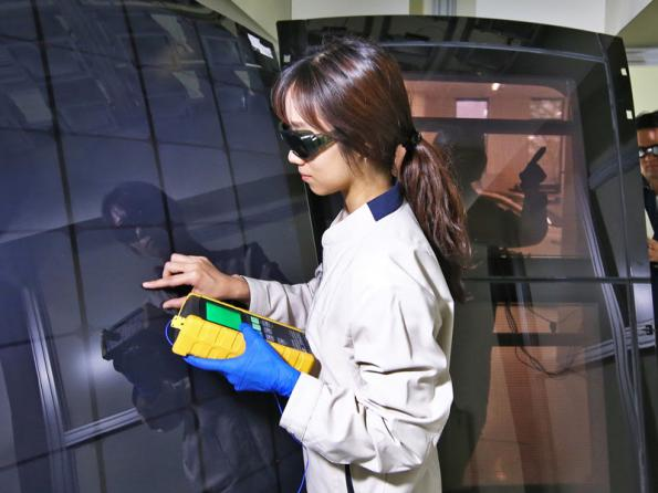Hyundai cars to offer solar roof charging