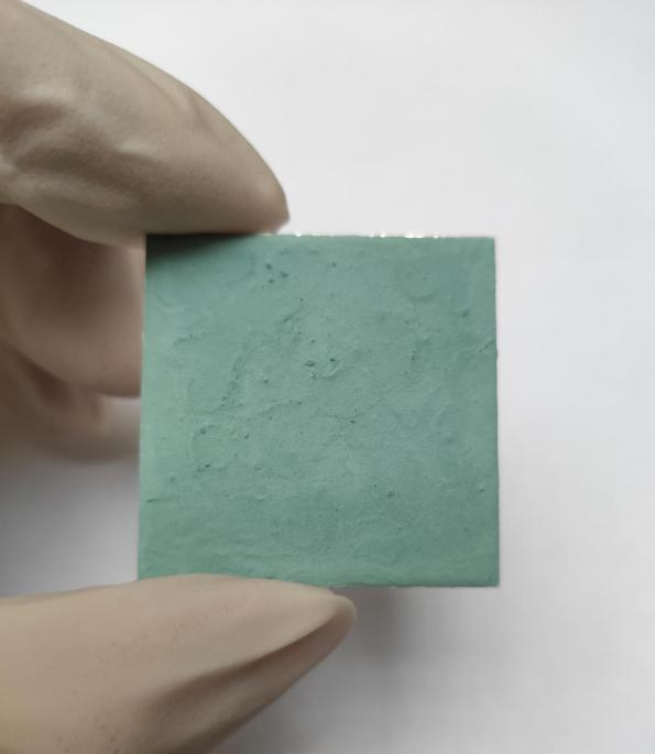 A coating based on metal organic frameworks can use water vapour to cool electronics has been developed by researchers in China