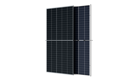 Trina Solar's Duomax V 500W bifacial double-glass solar module is based on 210mm large-size silicon wafer and monocrystalline PERC cell with efficiency up to 21 percent