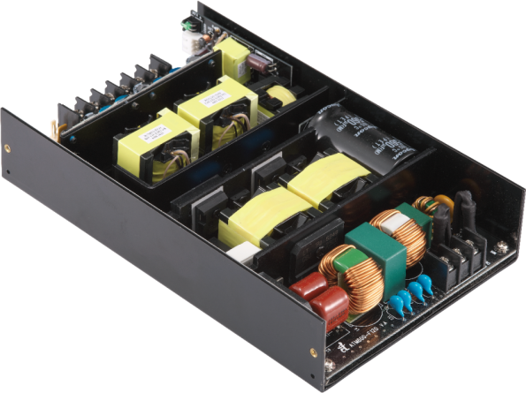 Convection cooled 612W AC-DC supply for medical designs